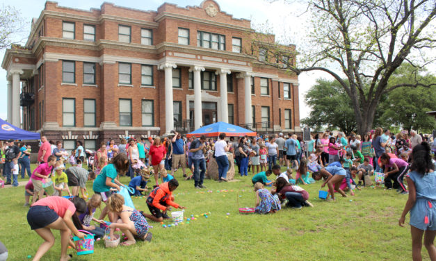Annual Fairfield Eggstravaganza – Huge Easter Crowd