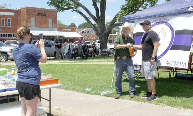 Community Backs the Blue, Raising More Than $3,000