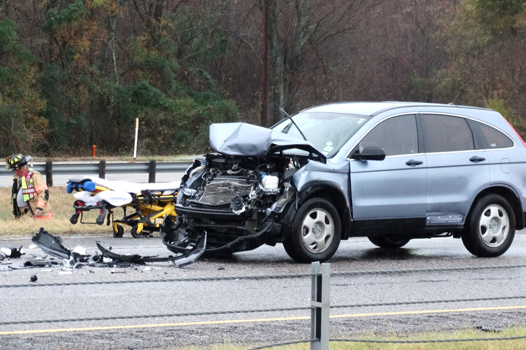 Several Hospitalized After Wreck on I-45   FCT News
