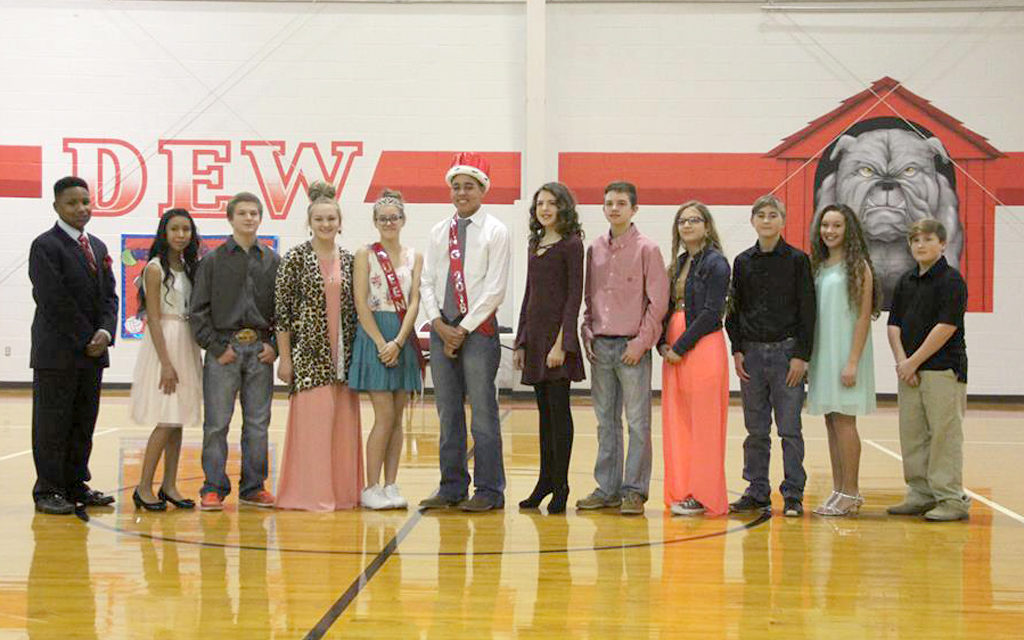 Royalty Crowned at Dew ISD Homecoming